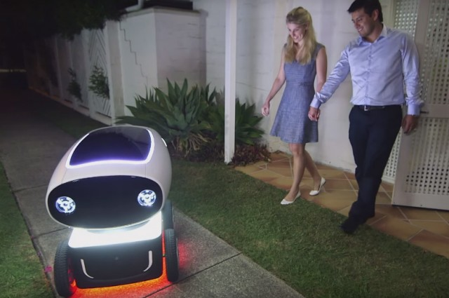 [AMAZING VIDEO] Do I Have To Tip My Pizza Delivery Boy If It's A Robot?