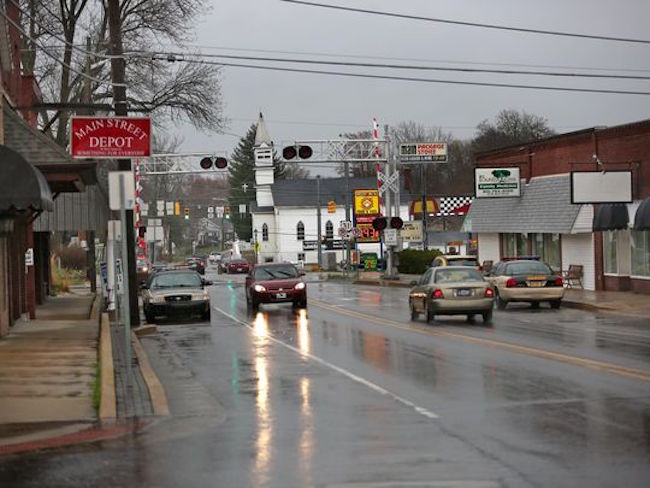 WHY Is There An Outbreak Of 190 HIV Cases In This VERY SMALL Indiana Town?