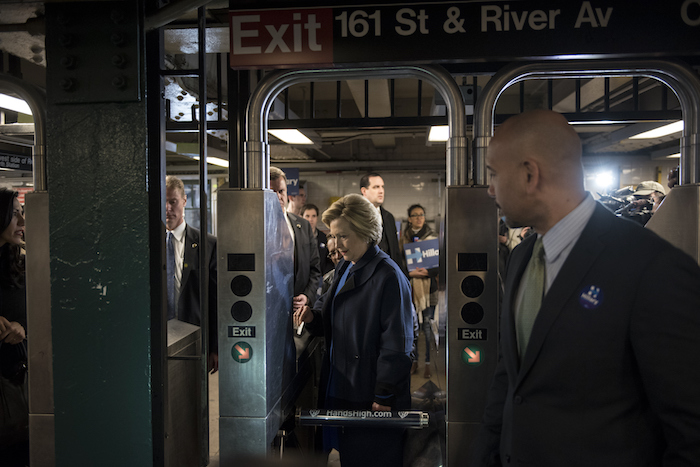 [VIDEO] Hillary's Security Detail Pushes Woman Out Of The Way In Subway Line