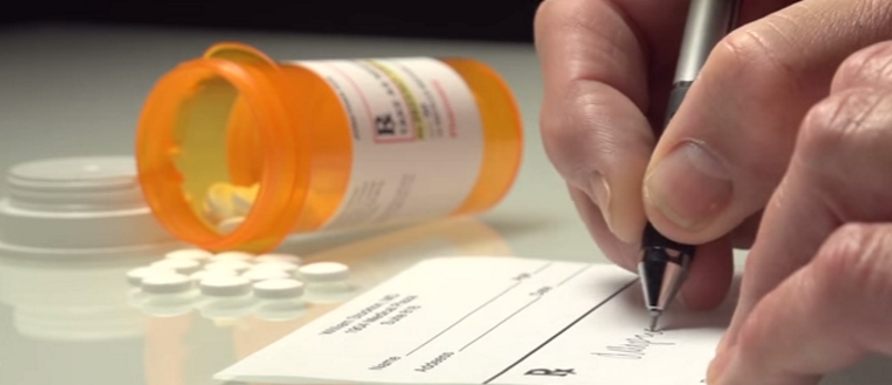 Insurance companies dropping dozens of medications in 2017