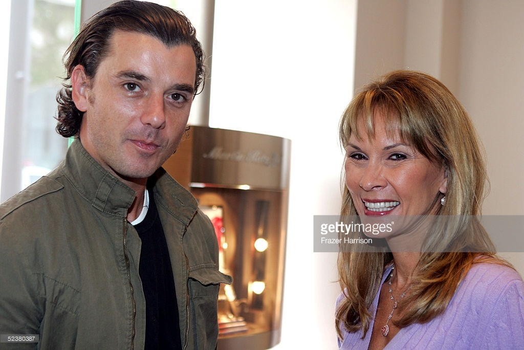 BEVERLY HILLS, CA -MARCH 12: Musician Gavin Rossdale talks author Cheryl Saban at at Cheryl Saban's ' Recipe for a good Marriage' Book Party held at Martin Katz Jewelers on March 12, 2005 in Bevery Hills, California. (Photo by Frazer Harrison/Getty Images) *** Local Caption *** Gavin Rossdale;Cheryl Saban