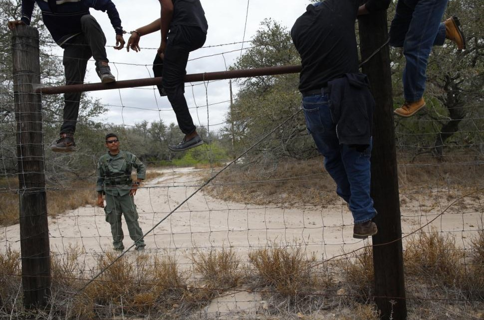 Militia Vows To Take On Immigration Problem By Blocking International Bridges In Texas