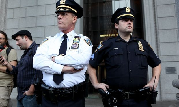 [VIDEO] NYPD Officer Takes $1,300 From Man, Then Pepper Sprays Him