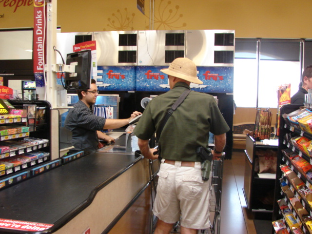 Dean Weingarten Open Carries at Fry's in Arizona