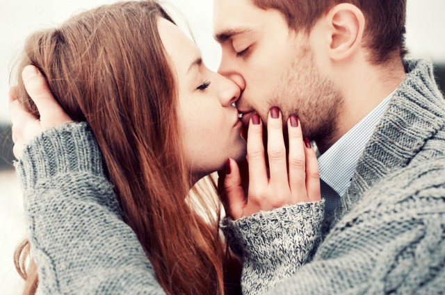 Here's Why We (Or Most Of Us) KISS With Our Eyes Closed . . .