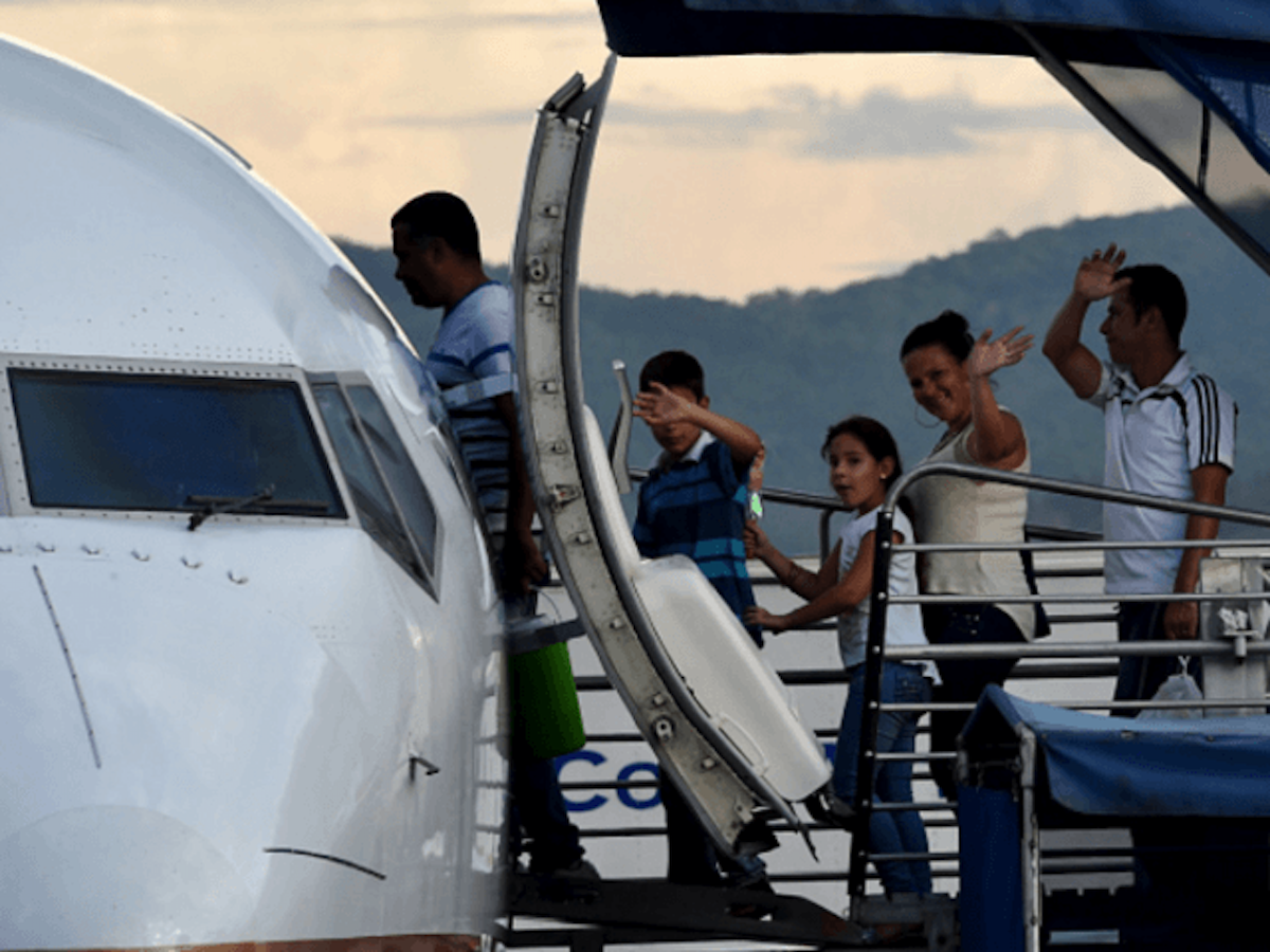 Mexican Airlines Flying Migrants For Free ... Guess Where!