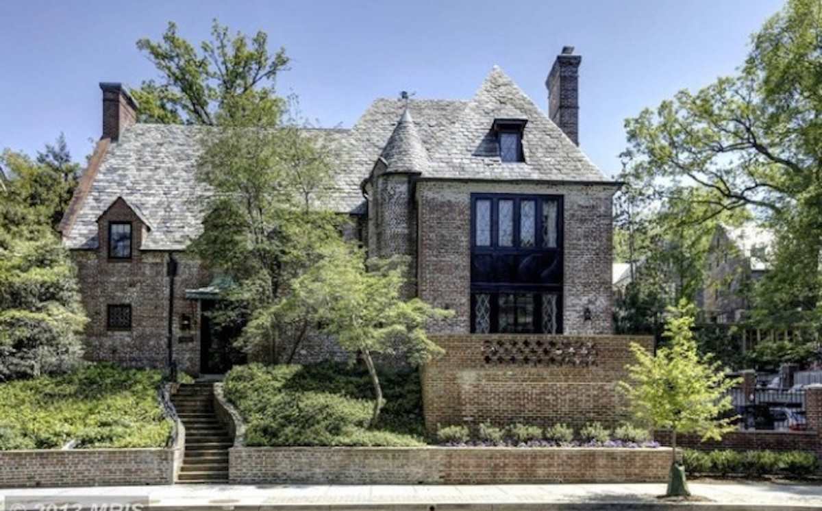 Just Guess Who Obama's Next Door Neighbor Is In His Post-POTUS, D.C. Home