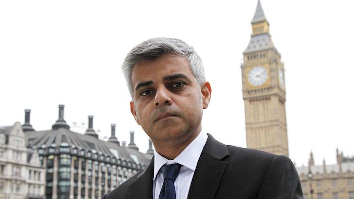 London's New Islamic Mayor Threatens More U.S. Attacks If Trump Doesn't Back Down On Migrant Stance