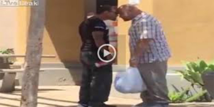 [WATCH] Thug Picks On Wrong Guy, Ends With Epic Knockout!