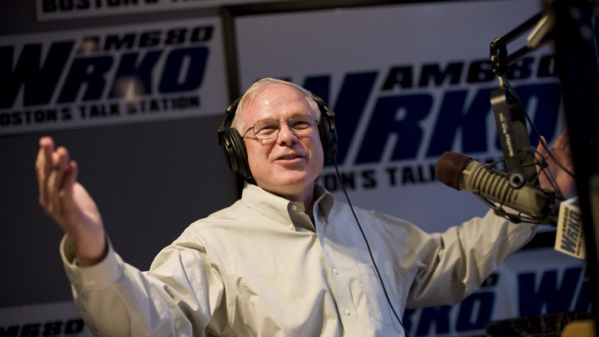 FROM MERLIN ARCHIVE DO NOT RESEND TO LIBRARY  11/16/07 Brighton, MA -- Howie Carr returns to the air at WRKO Friday November 16, 2007.  Erik Jacobs for the Boston Globe -- Library Tag 11172007 Business