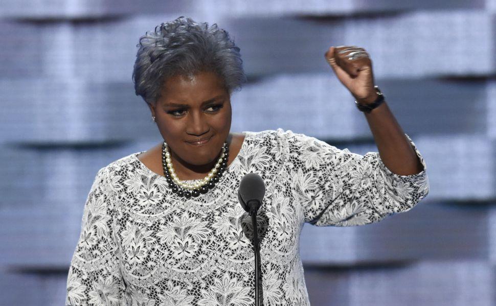 [WIKILEAKS] Donna Brazile Passed Bernie Info to Clinton Campaign