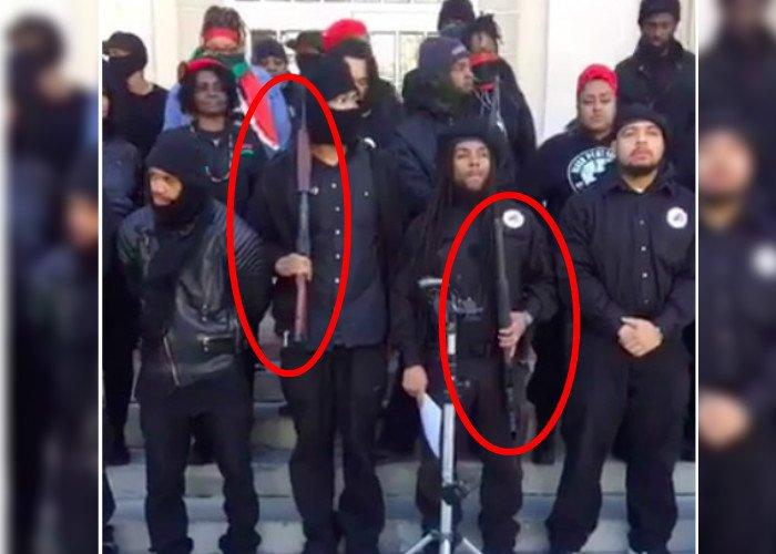 Black-Panther-Guns