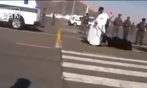 saudi-beheading-street-woman