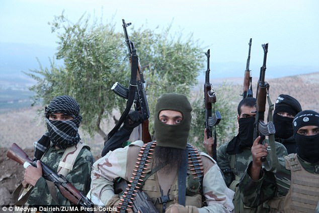 ISIS Punishes 33 Who Attempted to Desert