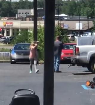 Watch This Woman Get Violent Over Cheating Boyfriend [VIDEO]
